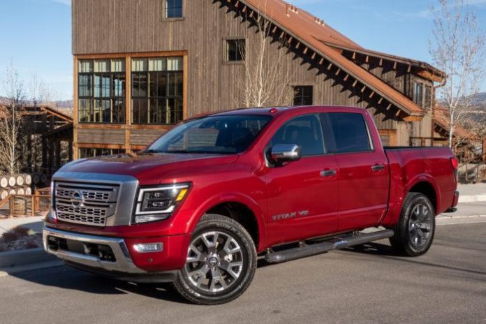nissan-titan-2020-01-angle--exterior--front--red.jpg
