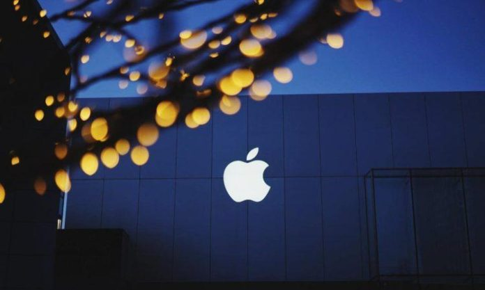 Apple Silently Removes Customer Reviews from Its Online Store